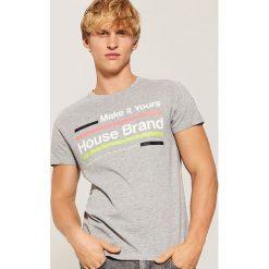 T-shirt Jasny szar. Szare t-shirty męskie marki House, l, z dzianiny. Za 29,99 zł.