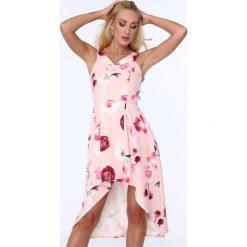 Sukienka w kwiaty z dłuższym tyłem jasnoróżowa ZZ254. Czerwone sukienki z falbanami Fasardi, l, w kwiaty. Za 99,00 zł.