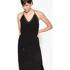 Sukienki hiszpanki: Sukienka półdługa z koronką, dekolt w serek, cienkie ramiączka