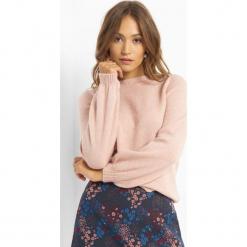 Sweter z balonowymi rękawami. Brązowe swetry klasyczne damskie marki Orsay, s, z dzianiny. Za 99,99 zł.
