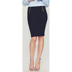 Spódniczki: Ołówkowa spódnica – Granatowy