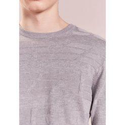 Swetry klasyczne męskie: Emporio Armani Sweter grigio