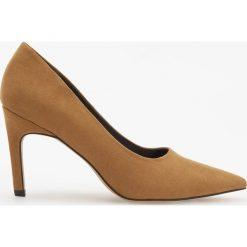 Czółenka na wysokim obcasie - Żółty. Żółte buty ślubne damskie marki Kazar, ze skóry, na wysokim obcasie, na obcasie. Za 139,99 zł.