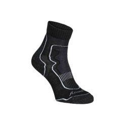 Skarpety do szybkiego marszu i nordic walking MID 900. Czarne skarpetki męskie marki NEWFEEL, z bawełny. Za 19,99 zł.