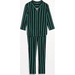 Piżama ze spodniami - Czarny. Czarne piżamy damskie marki Reserved, l. Za 129,99 zł.
