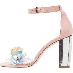 Rzymianki damskie: Call it Spring EROAVIEL Sandały na obcasie pink