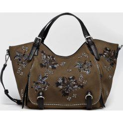 Desigual - Torebka. Brązowe torebki klasyczne damskie Desigual, z poliesteru, duże. Za 399,90 zł.