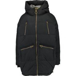 Khujo Płaszcz zimowy black. Czarne płaszcze damskie pastelowe khujo, na zimę, xxl, z materiału. W wyprzedaży za 439,45 zł.