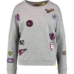 Bluzy damskie: Superdry VARSITY BADGE CREW Bluza legacy grey grindle