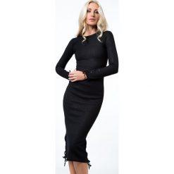 Sukienki: Sukienka midi dopasowana czarna 6544