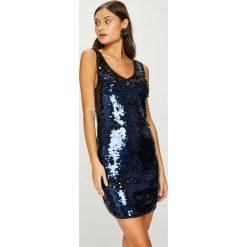Answear - Sukienka. Szare sukienki dzianinowe ANSWEAR, na co dzień, m, casualowe, mini, dopasowane. W wyprzedaży za 139,90 zł.