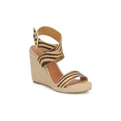 Sandały Moda In Pelle  QUIRL. Czarne sandały damskie marki Moda In Pelle. Za 256,00 zł.