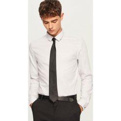 Koszula slim fit z bawełny strukturalnej - Jasny szar. Szare koszule męskie slim marki Reserved, l, z bawełny. Za 69,99 zł.