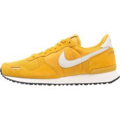Trampki męskie: Nike Sportswear AIR VORTEX Tenisówki i Trampki mineral yellow/light bone/sail