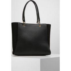 New Look VELLI FLAP TOTE Torba na zakupy black. Czarne shopper bag damskie marki New Look, z materiału, na obcasie. Za 139,00 zł.