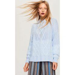 Sweter ze stójką - Niebieski. Niebieskie swetry klasyczne damskie Reserved, l, ze stójką. Za 79,99 zł.