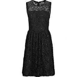 """Sukienka koronkowa """"Angela"""" bonprix czarny. Czarne sukienki koronkowe marki bonprix, bez rękawów. Za 79,99 zł."""