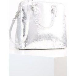 Belmondo Torba na zakupy argento. Szare torebki klasyczne damskie Belmondo. W wyprzedaży za 279,30 zł.