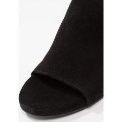 Chodaki damskie: Pavement ROSE Klapki black
