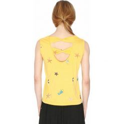 Bluzki asymetryczne: Koszulka z nadrukiem i dekoltem z tyłu