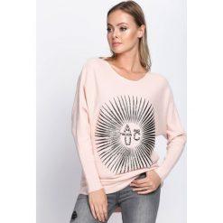 Swetry klasyczne damskie: Różowy Sweter Staying Alive
