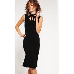 Sukienki hiszpanki: Bardot Sukienka etui black