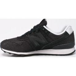 New Balance - Buty. Szare buty sportowe damskie New Balance, z gumy. W wyprzedaży za 199,90 zł.