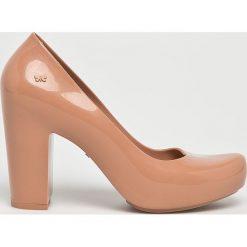 Zaxy - Czółenka. Szare buty ślubne damskie marki Zaxy, z materiału, na obcasie. W wyprzedaży za 199,90 zł.