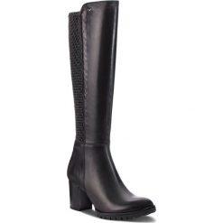 Kozaki WOJAS - 7730-51 Czarny. Czarne buty zimowe damskie Wojas, ze skóry, na obcasie. W wyprzedaży za 459,00 zł.