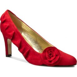 Półbuty AZURÉE - Oscar 96EC Velours Rouge. Czerwone półbuty damskie skórzane Azurée, w ażurowe wzory, eleganckie, na obcasie. W wyprzedaży za 519,00 zł.