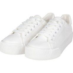 Urban Classics Plateau Sneaker Buty sportowe biały. Czarne buty sportowe damskie marki Urban Classics, z aplikacjami, z materiału. Za 79,90 zł.