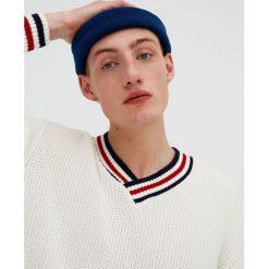 Swetry klasyczne męskie: Sweter z dekoltem w serek
