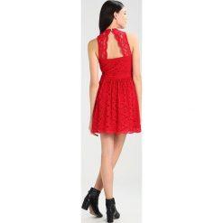 Sukienki hiszpanki: Hollister Co. BARE DRESS  Sukienka letnia red lace