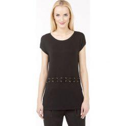 Bluzki asymetryczne: Bluzka ze sznurowaniem