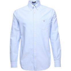 GANT THE OXFORD Koszula capri blue. Niebieskie koszule męskie GANT, m, z bawełny. Za 379,00 zł.