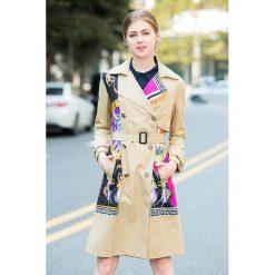 Płaszcze damskie: Płaszcz w kolorze beżowym