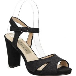 Sandały na słupku Casu LS27702P. Czerwone sandały damskie na słupku marki Melissa, z kauczuku. Za 99,99 zł.