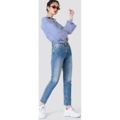 NA-KD Trend Jeansy z klasycznym wykończeniem - Blue. Niebieskie boyfriendy damskie NA-KD Trend, z denimu. Za 161,95 zł.