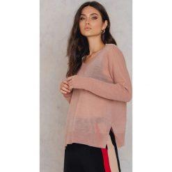 Swetry klasyczne damskie: Rut&Circle Sweter z dekoltem V Mandala – Pink