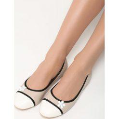 Beżowe Balerinki White Daisy. Białe baleriny damskie lakierowane Born2be, ze skóry, na płaskiej podeszwie. Za 39,99 zł.