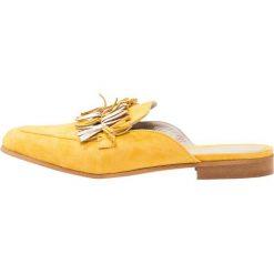 Chodaki damskie: CAFèNOIR Klapki giallo
