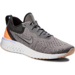Buty NIKE - Odyssey React AO9820 004 Gunsmoke/Black/Twilight Pulse. Szare buty do biegania damskie Nike, z materiału. W wyprzedaży za 399,00 zł.