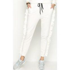 Spodnie dresowe damskie: Białe Spodnie Dresowe Loosen
