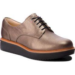 Oxfordy CLARKS - Teadale Rhela 261296114  Pewter Leather. Czarne jazzówki damskie marki Clarks, z materiału. W wyprzedaży za 319,00 zł.