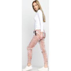 Spodnie dresowe damskie: Różowe Spodnie Dresowe Glowing