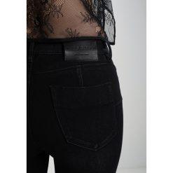 Miss Sixty BETTIE CROPPED Jeans Skinny Fit black. Czarne boyfriendy damskie Miss Sixty. Za 419,00 zł.