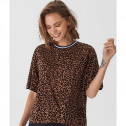 T-shirt oversize w panterkę - Wielobarwn. Niebieskie t-shirty damskie marki House, m. Za 49,99 zł.