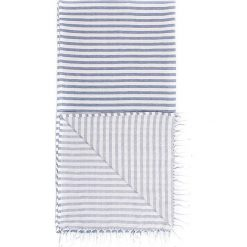 Chusta hammam w kolorze niebiesko-białym - 180 x 100 cm. Czarne chusty damskie marki Hamamtowels, z bawełny. W wyprzedaży za 43,95 zł.