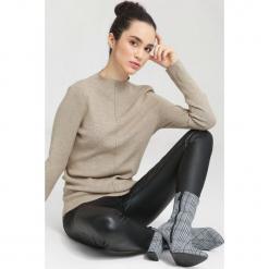 Beżowy Sweter Gind. Brązowe swetry klasyczne damskie other, na jesień, l. Za 59,99 zł.