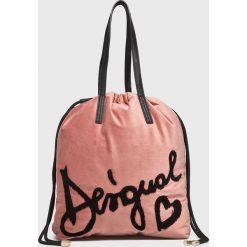 Desigual - Torebka. Szare torebki klasyczne damskie marki Desigual, z materiału, duże. W wyprzedaży za 199,90 zł.